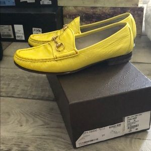 a7b74352758 Gucci Shoes - GUCCI yellow patent leather shoes loafers 39 9